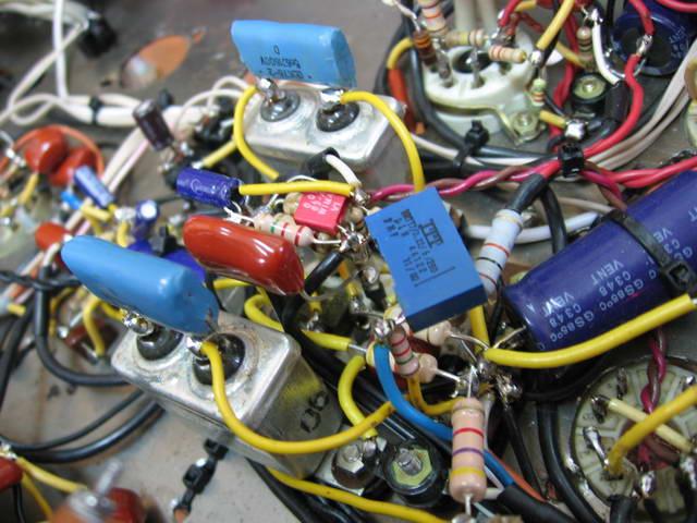 Фазоинвертор.  Библиотека схем ламповых гитарных усилителей.