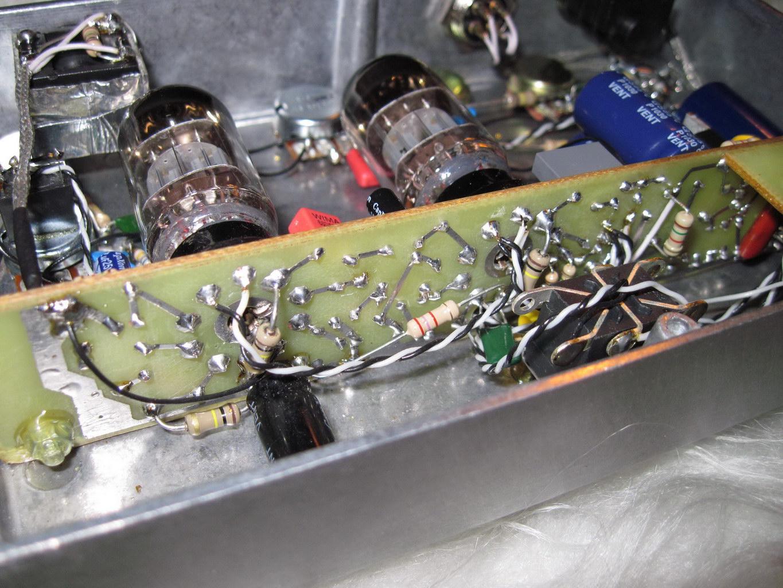 Простой гитарный ламповый усилитель